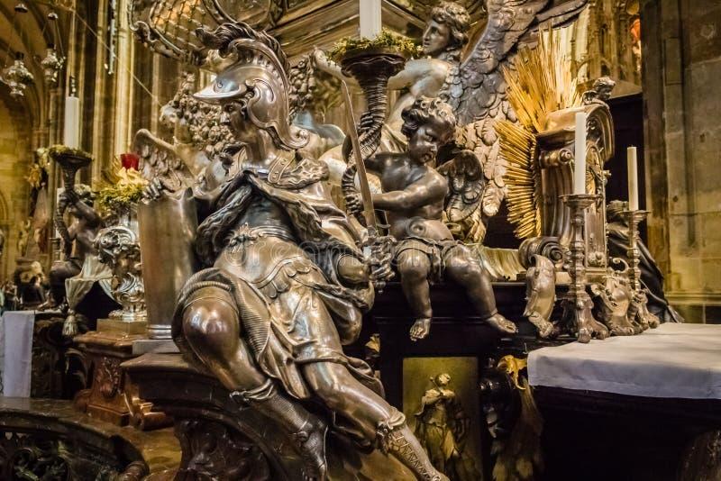 Het altaar van heilige Vitus Cathedral stock afbeelding