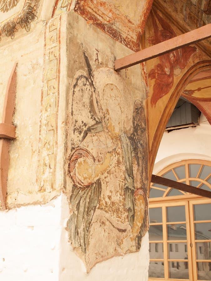 Het antieke klooster van de muur byzantijnse fresko (Rusland, Tikhvin) royalty-vrije stock foto's