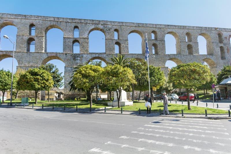 Het aquaduct in Kavala Griekenland stock afbeeldingen