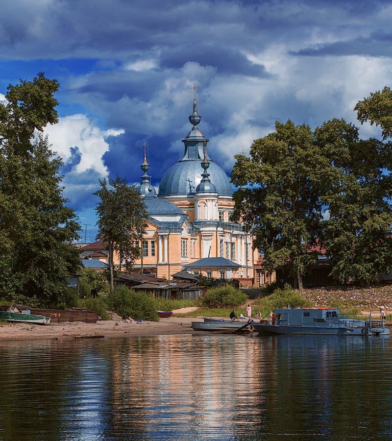 Het architecturale landschap van het Vologda-gebied royalty-vrije stock foto