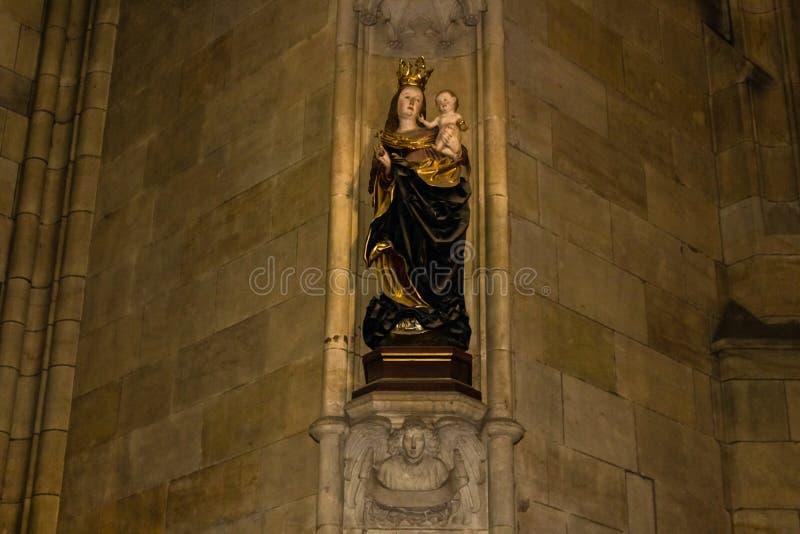 Het art. van heilige Vitus Cathedral stock foto's