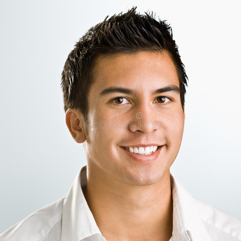 Het Aziatische mens glimlachen stock foto's