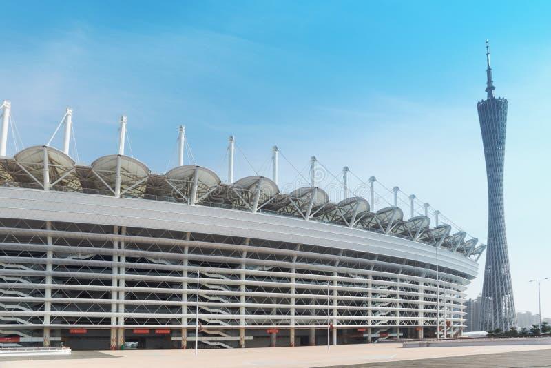 Het Aziatische stadion van Spelen en Toren Guangzhou stock afbeelding