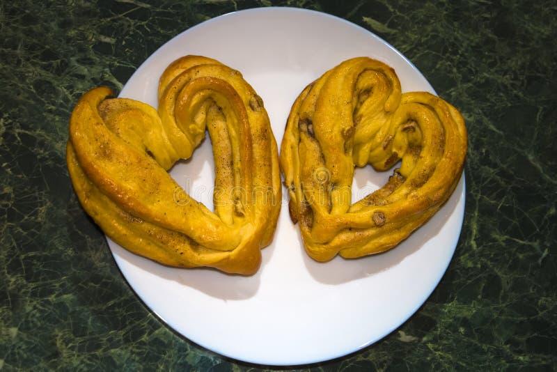 Het bakken voor de Dag van Valentine royalty-vrije stock foto's
