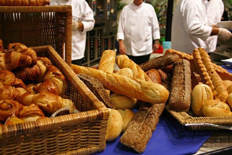 Het baksel van het brood royalty-vrije stock fotografie