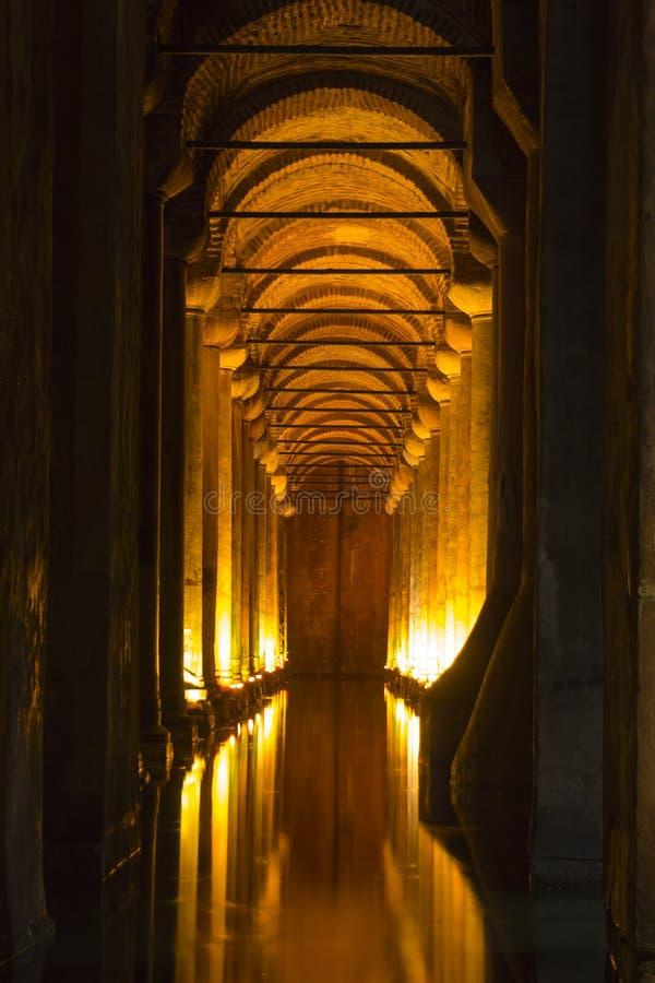 Het Basiliekreservoir (Yerebatan Sarnici) stock afbeeldingen