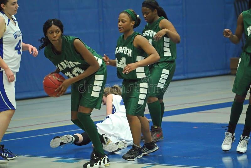 Het Basketbal van de Middelbare school van Varsity stock afbeeldingen