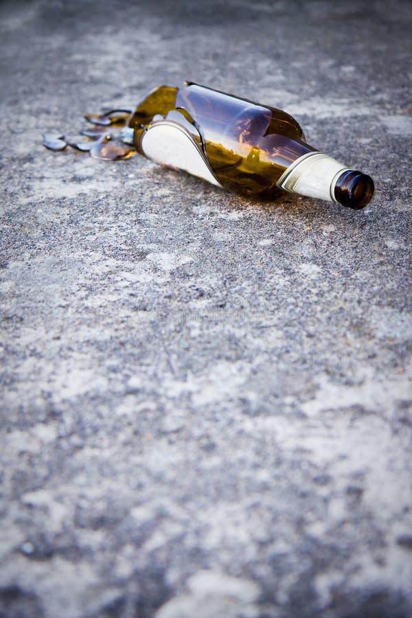 Het beeld van het alcoholismeconcept stock afbeelding