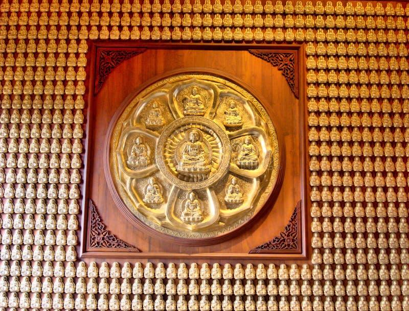 Het Beeldhouwwerk van Boedha in Dragon Temple Kammalawat stock fotografie