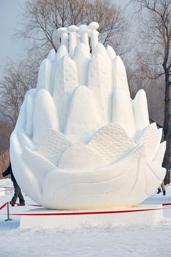 Het beeldhouwwerk van de sneeuwbloem royalty-vrije stock afbeelding