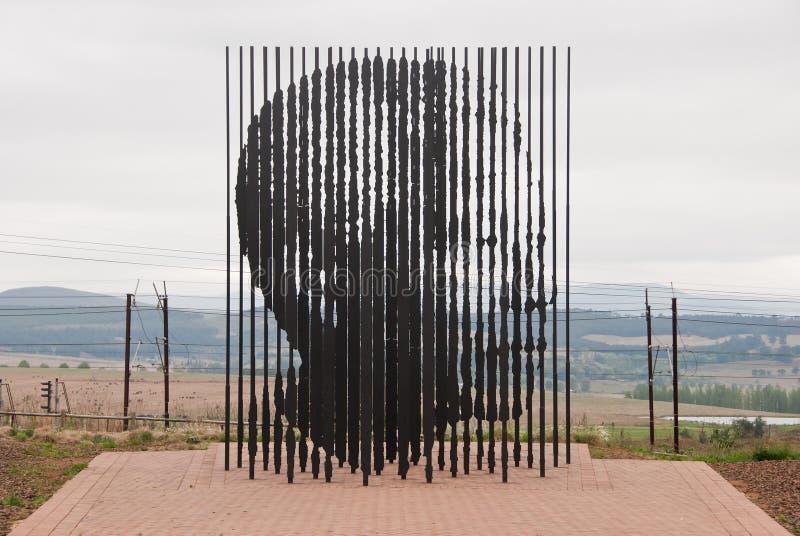 Het beeldhouwwerk van Mandela royalty-vrije stock afbeelding