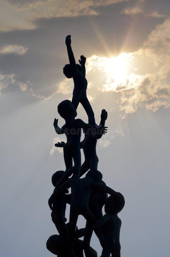 Het beeldhouwwerksilhouet van het kind. royalty-vrije stock afbeeldingen