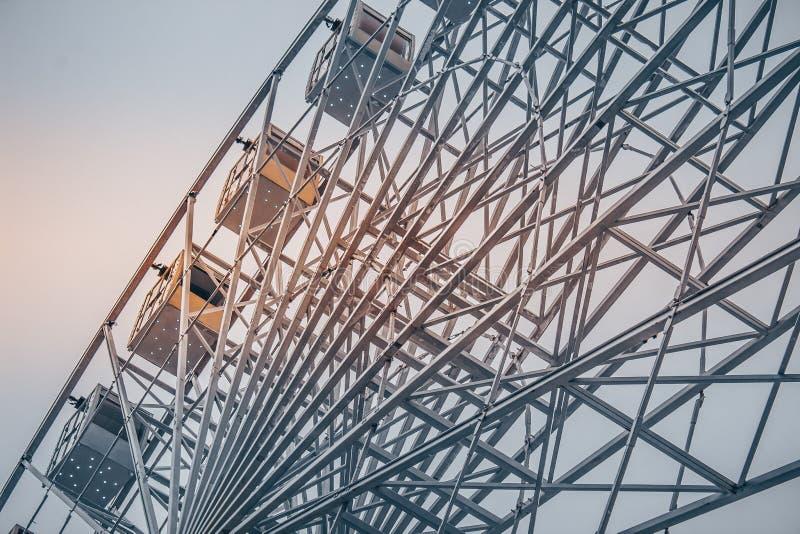 Het Behang van Ferris Wheel HD stock afbeeldingen