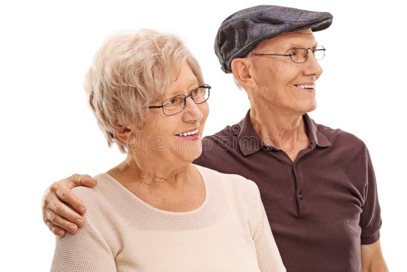 Het bejaarde paar koesteren royalty-vrije stock foto