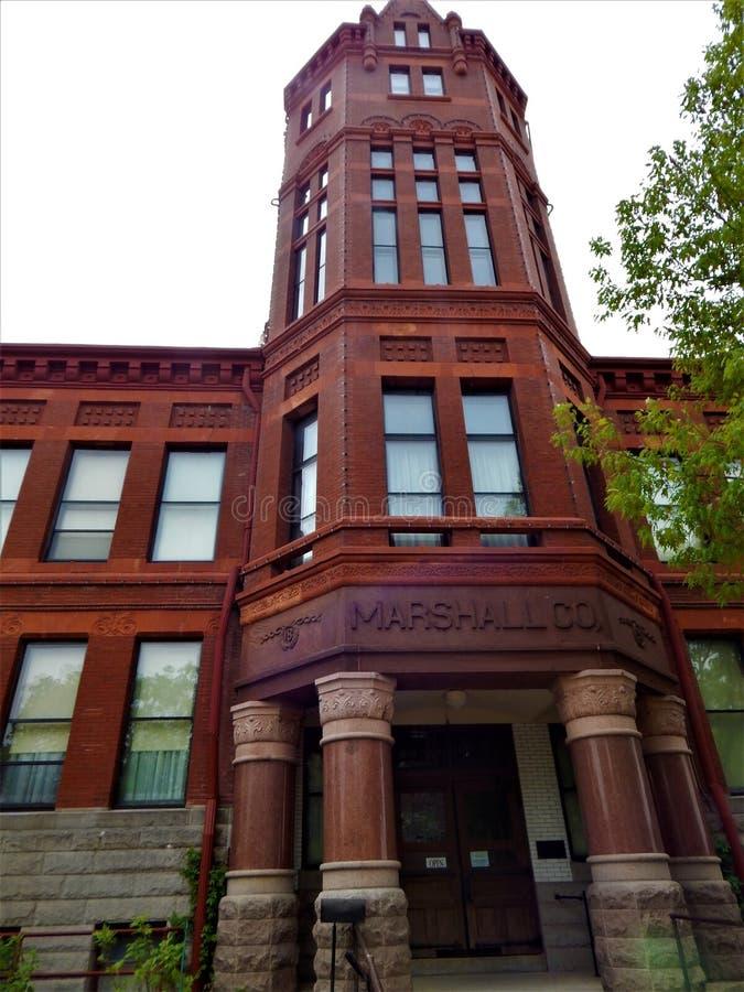 Het bekijken omhoog de Achthoektoren Marshall Courthouse royalty-vrije stock afbeelding