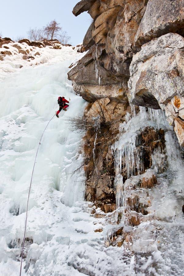 Het beklimmen van het ijs royalty-vrije stock afbeelding