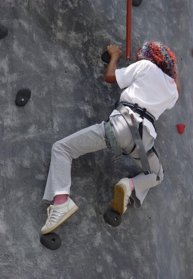 Het Beklimmen Van Muren Redactionele Afbeelding