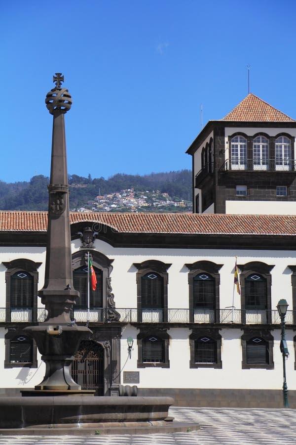 Het belangrijkste vierkant in de stad van Funchal stock afbeeldingen
