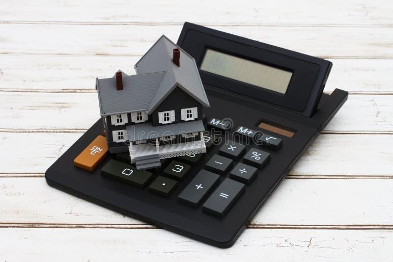 Het berekenen van uw hypotheekbetaling stock afbeelding