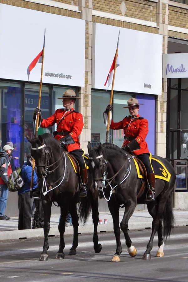 Het berijden RCMP in de parade van de Dag van Heilige Patrick stock afbeelding