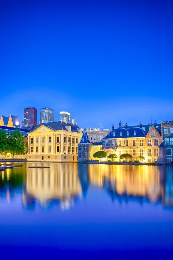 Het Beroemde Binnenhof-Paleis van het Parlement in Den Haag in Nederland stock afbeelding