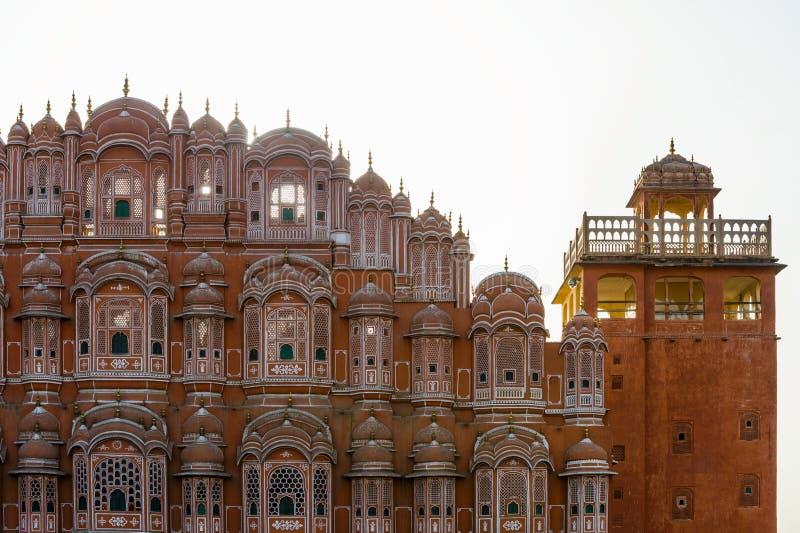 Het beroemde oriëntatiepunt van Rajasthan - Hawa Mahal-paleispaleis van de Winden, Jaipur, India stock foto's