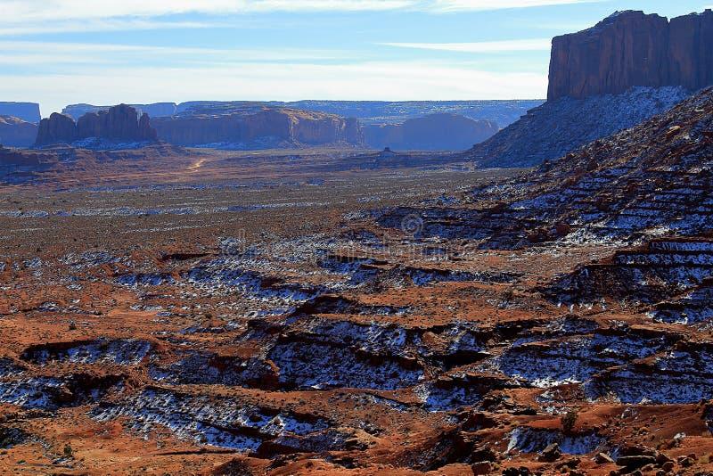 Het beroemde Stammenpark van Navajo van de Monumentenvallei stock foto