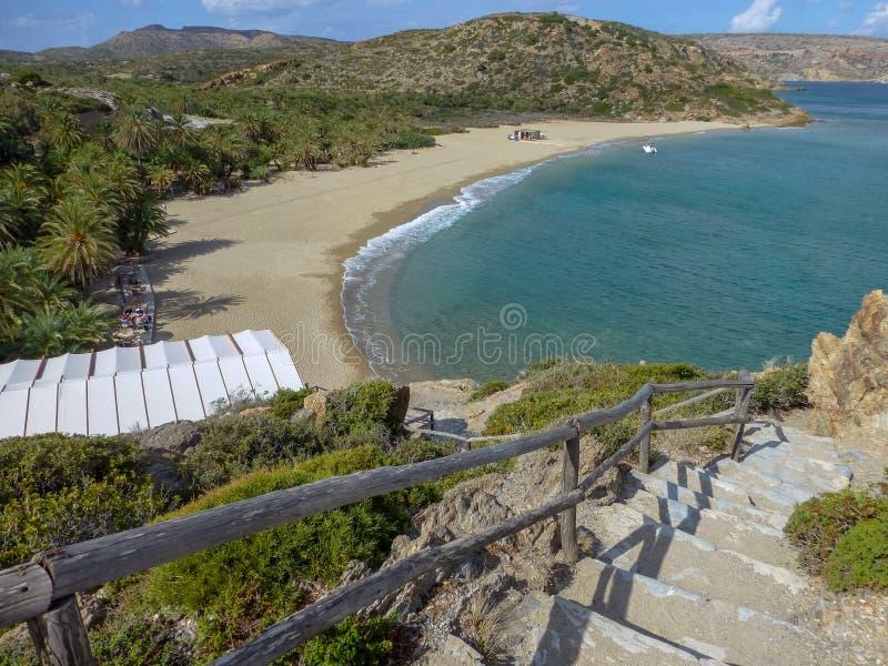 Het beroemde strand van Vai van datapalmen met wit zand en heel wat schaduw op het eiland van Kreta, Griekenland royalty-vrije stock fotografie