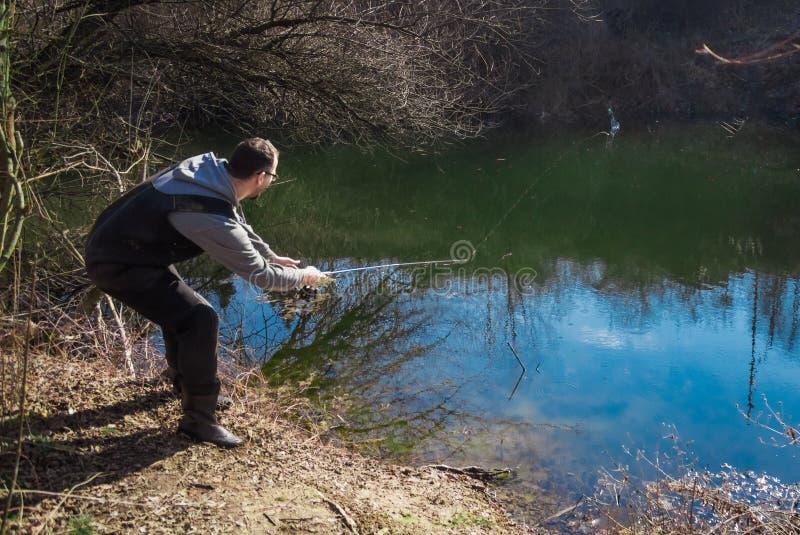 Het bestrijden van de vissen op rivier royalty-vrije stock foto