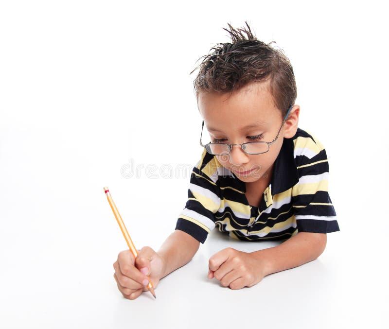 Het bestuderen van het kind royalty-vrije stock afbeeldingen