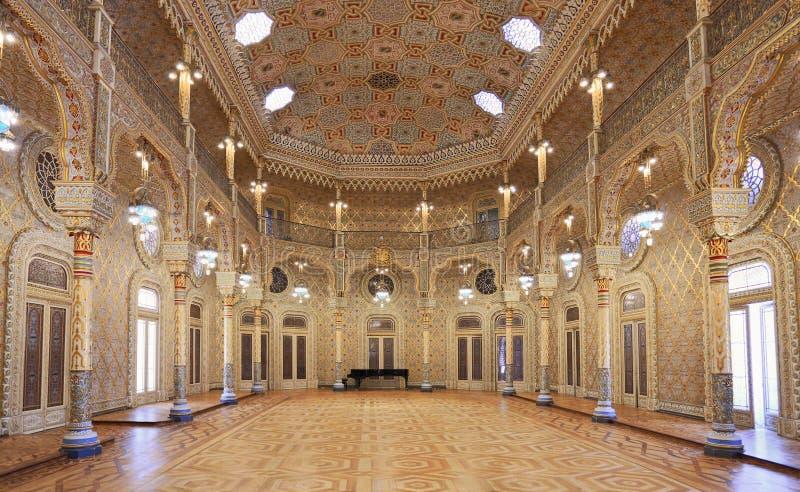 Het Beurspaleis Palacio DA Bolsa, Arabische Zaal, porto royalty-vrije stock afbeeldingen