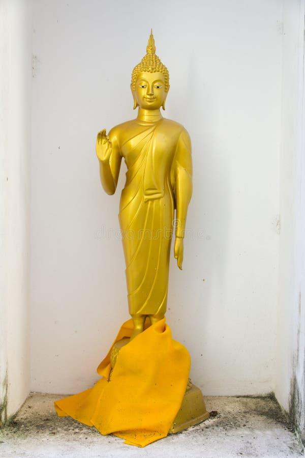 Het bevindende standbeeld van Boedha stock foto's