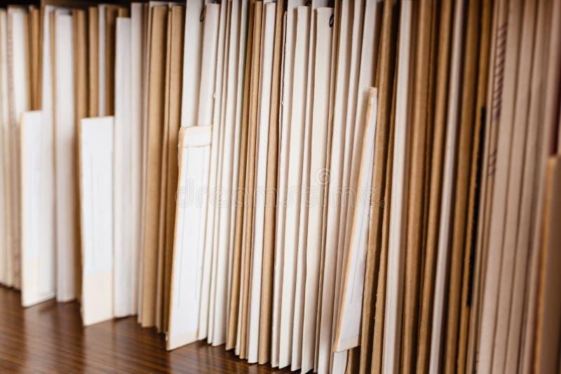Download Het Bijhouden Van Verslagen Stock Afbeelding - Afbeelding bestaande uit dossier, binnen: 39101229