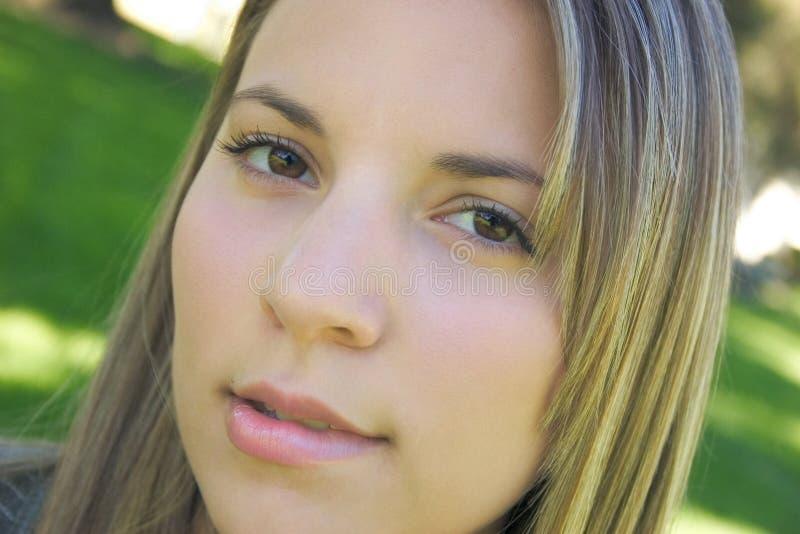 Download Het Bijten Van De Vrouw Lip Stock Foto - Afbeelding bestaande uit meisje, gezicht: 26504