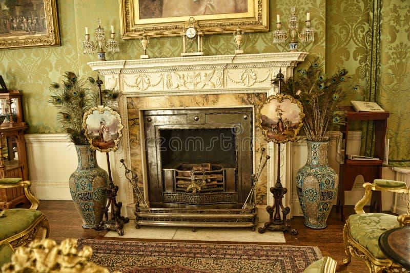 Het binnenland en de kunst hebben bij een Mooi Buitenhuis bezwaar dichtbij Leeds West-Yorkshire dat geen Nationaal Vertrouwensbez royalty-vrije stock fotografie