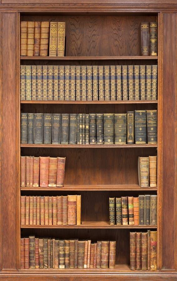 Het binnenland van de bibliotheek
