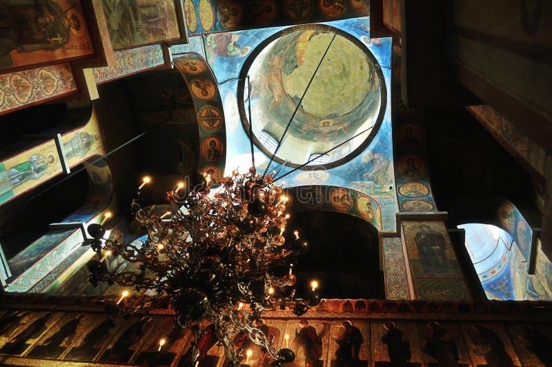 Het binnenland van de Heilige Sophia Cathedral in Veliky Novgorod, Rusland stock afbeeldingen