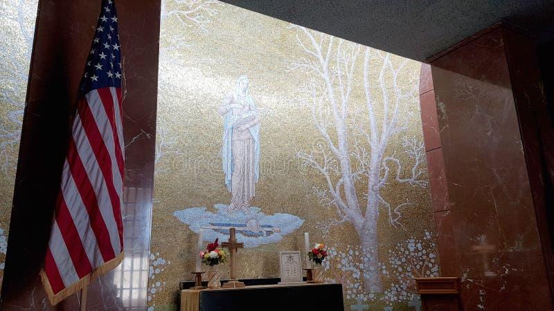 Het binnenland van de kerk van Florence American Cemetery en Herdenkings, Florence, Toscanië, Italië royalty-vrije stock afbeeldingen