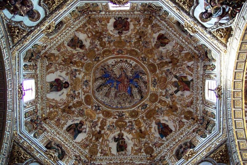 Download Het Binnenland Van De Kerk Van Santo Domingo Stock Afbeelding - Afbeelding: 34129