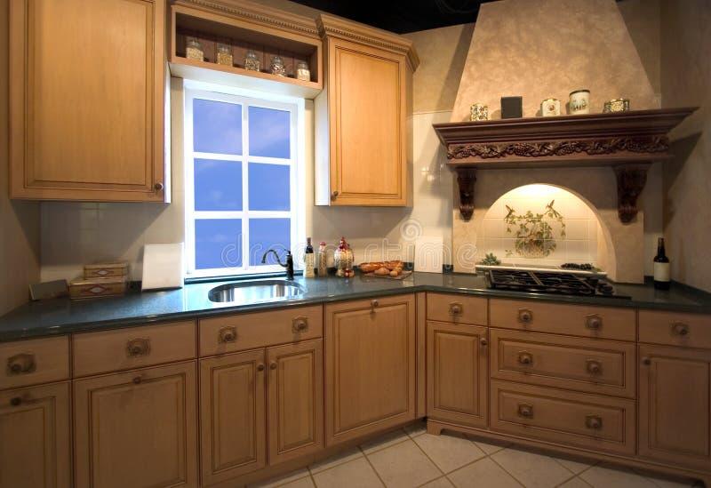 Het binnenland van de keuken met venster stock afbeelding