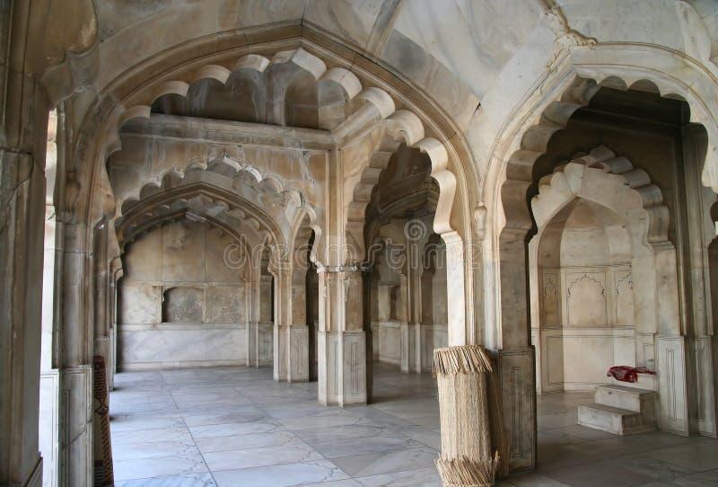 Het Binnenland van de moskee stock afbeelding