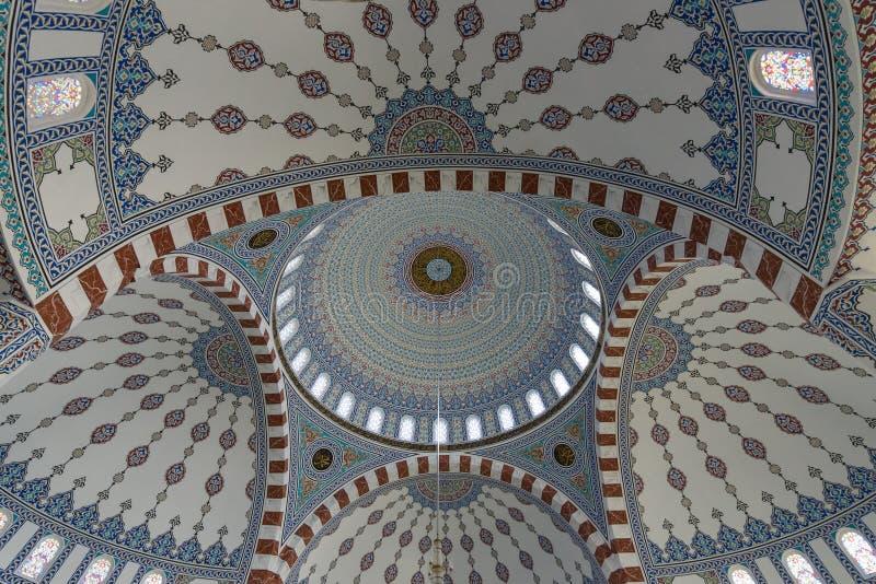 Het binnenland van de moskee in Konakli stock foto's