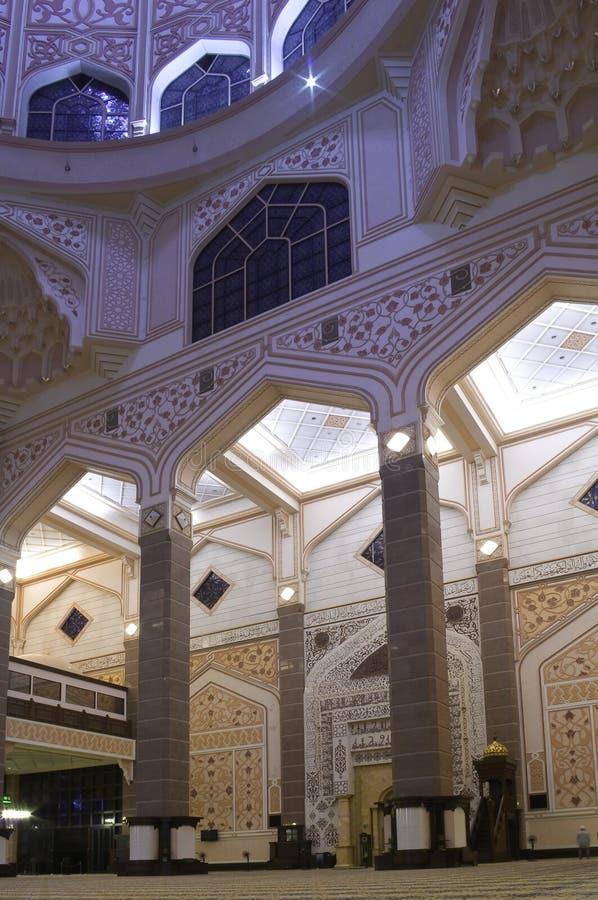 Het Binnenland van de Moskee van Putra stock foto's