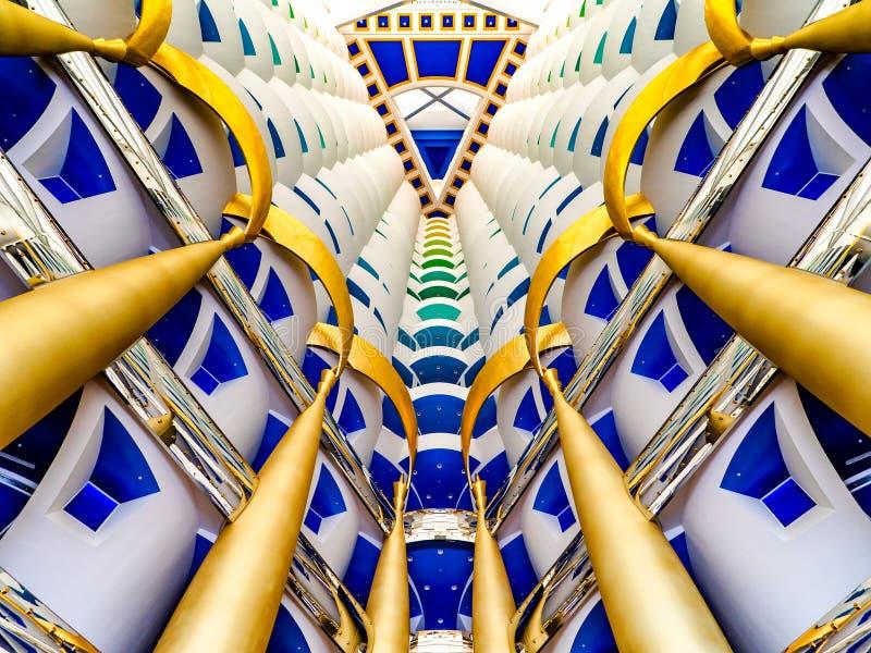 Het binnenland van het ultra-luxehotel, Burj Al Arab, Doubai royalty-vrije stock foto's