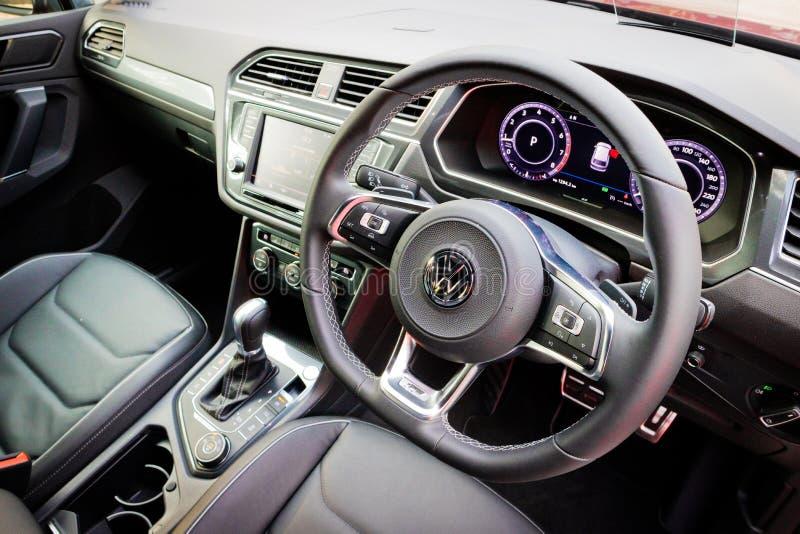 Het Binnenland van Volkswagen Tiguan R 2017 stock fotografie