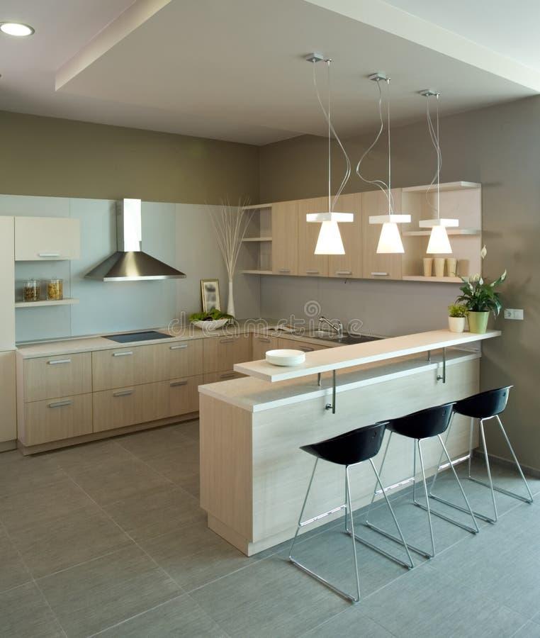 Het binnenlandse ontwerp van de elegante en luxekeuken. royalty-vrije stock foto