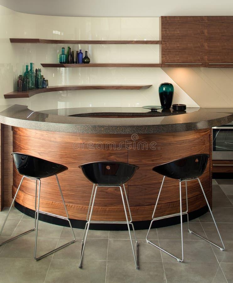 Het binnenlandse ontwerp van de keuken. Elegant en luxe. stock afbeelding