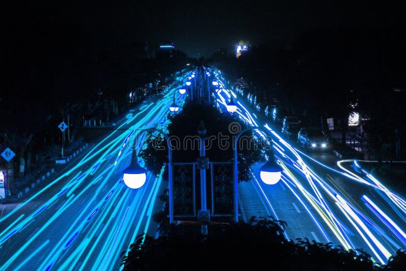 Het blauwe Lichte Schilderen door Auto's royalty-vrije stock fotografie
