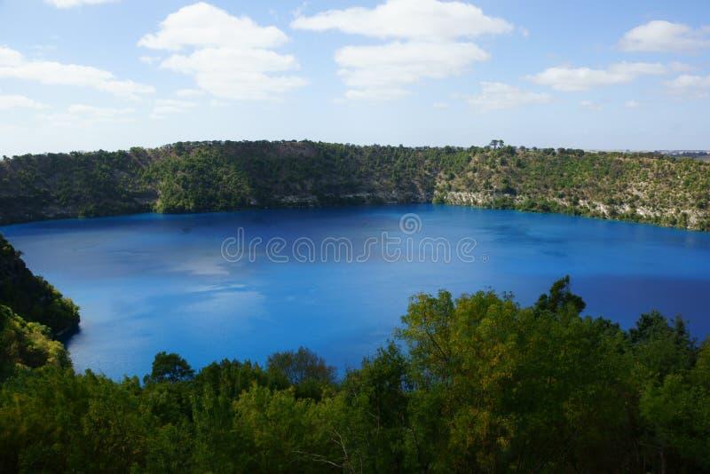 Het blauwe Meer, zet Gambier op royalty-vrije stock afbeelding