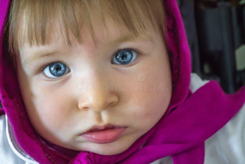 Het blauwe meisje van de ogenbaby royalty-vrije stock foto